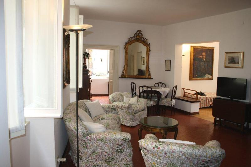 Big Apartment in the historic center of Santa Margherita Ligure - Image 1 - Santa Margherita Ligure - rentals