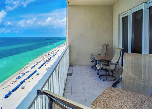 BEACHFRONT FOR 9! GREAT VIEWS & DECOR! OPEN 8/2-9! TAKE 5% OFF - Image 1 - Panama City Beach - rentals