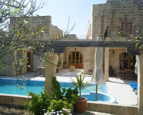 Imgarr Farmhouse with Large Pool and Garden - Imgarr Farmhouse Large Pool in Centre of Malta - Mgarr - rentals