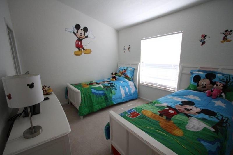 Miska, Muska, Mickey Mouse!!  - About 5 MIN TO DISNEY! SLEEPS 8 PEOPLE! PRIVATE POOL/SPA! - Kissimmee - rentals