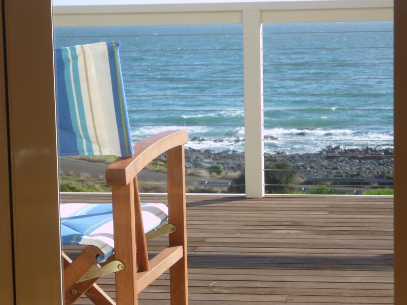 A deck chair in the sun - ready to be entertained by dolphins patrolling the cove - Ashendens At Penneshaw - Kangaroo Island - Penneshaw - rentals
