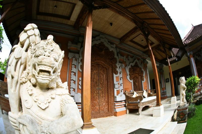 Immerse yourself in Balinese Culture