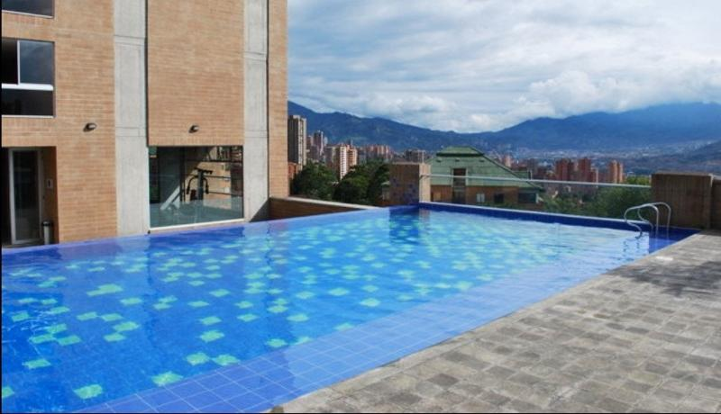 heated infinity pool