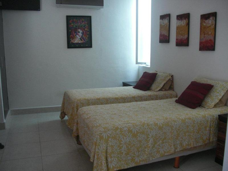 2nd bedroom with twin beds - Rental on Cozumel Island Mexico - Special rate for Easter. - Cozumel - rentals