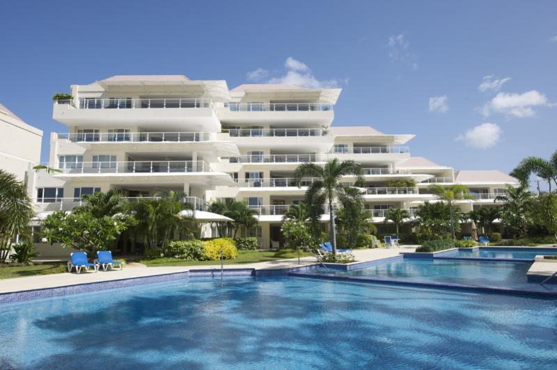Palm Beach 110 at Christ Church, Barbados - Beachfront, Communal Pool, Perfect For Any Holiday