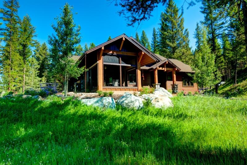 Great setting with trees, views,and privacy
