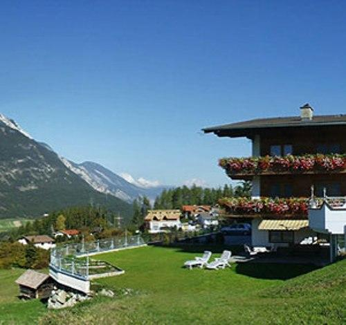 Vacation Apartment in Arzl im Pitztal - 538 sqft, quiet, idyllic, beautiful (# 4313) #4313 - Vacation Apartment in Arzl im Pitztal - 538 sqft, quiet, idyllic, beautiful (# 4313) - Arzl im Pitztal - rentals
