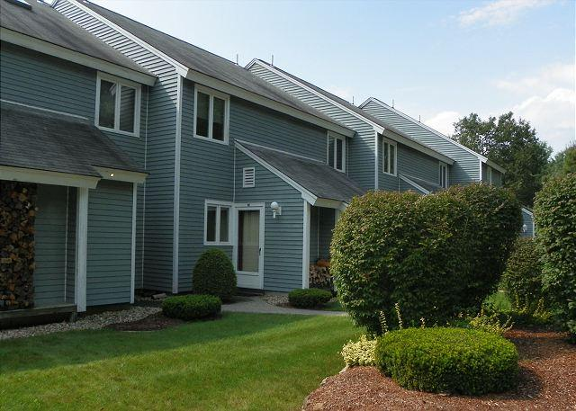 White Mountain Condo close to the area attractions including Loon Mountain and Waterville Valley ski areas.  Great Vacation Rental for skiers and hikers. - White Mountain Condo near several NH ski areas & attractions (BUE46M) - Thornton - rentals