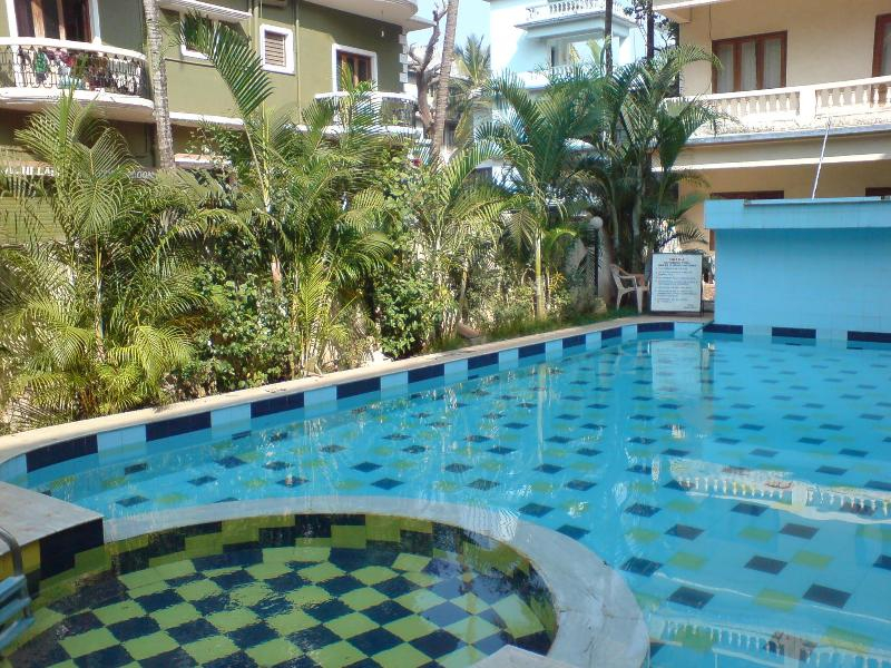 2ND Pool - 20) GROUND FLOOR APARTMENT CENTRAL CALANGUTE - Calangute - rentals