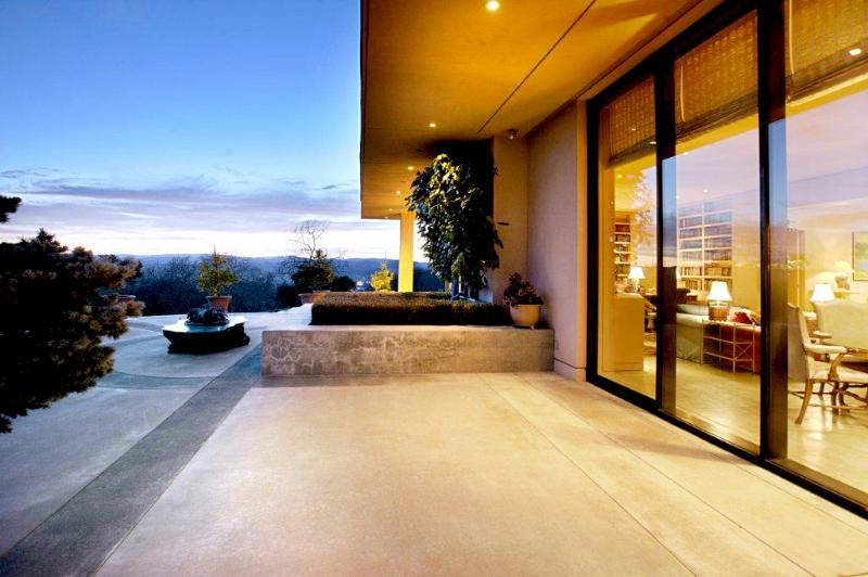 Wine Country estate offering panoramic views and floor-to-ceiling windows