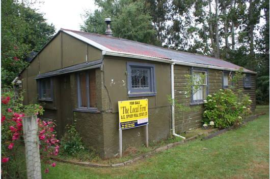 Looks small from the outside - Marvellous lair for evildoers - World - rentals