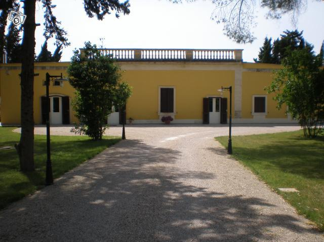 The front of the villa