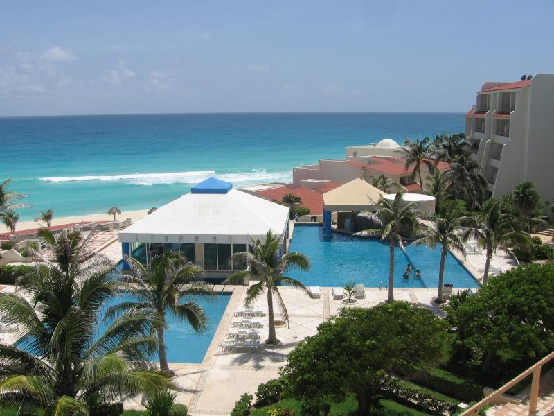 VIEW OF THE CONDO COMPLEX - Garden - Ocean Studio A003 On The Beach Sleeps 4 - Cancun - rentals