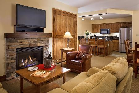 Chic Teton Mountain Lodge & Spa Two Bedroom Suite with Ski-in/ski out & jacuzzi - Image 1 - Teton Village - rentals