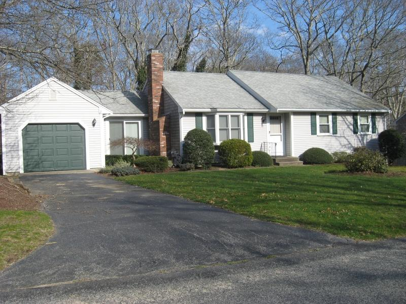 3BR 22 Kings Row, East Dennis, MA - Image 1 - Dennis - rentals