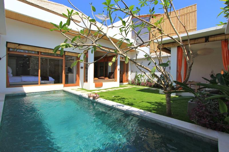 Private Garden with Pool