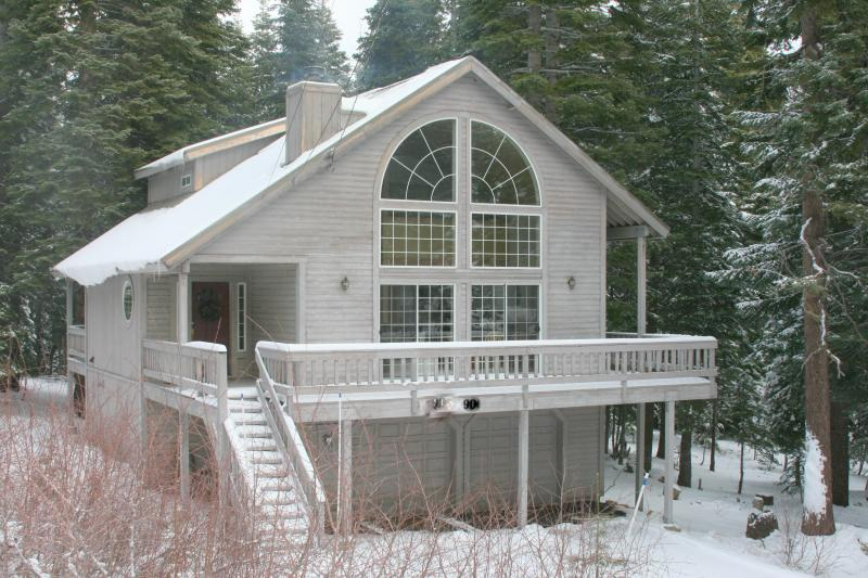 Truckee Cabin from Road