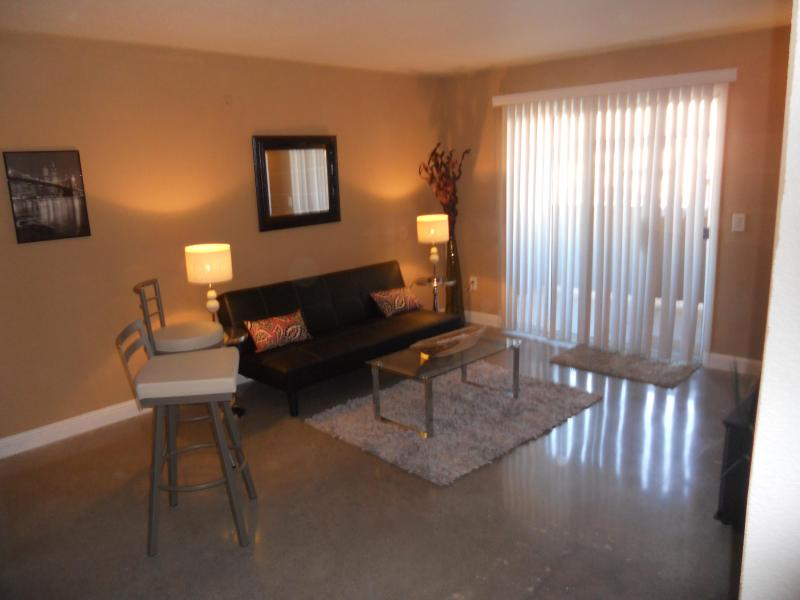 Living Room - Las Vegas Condo close to Strip - Las Vegas - rentals