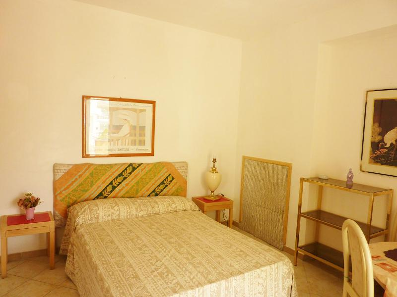 comfortable double bed 1