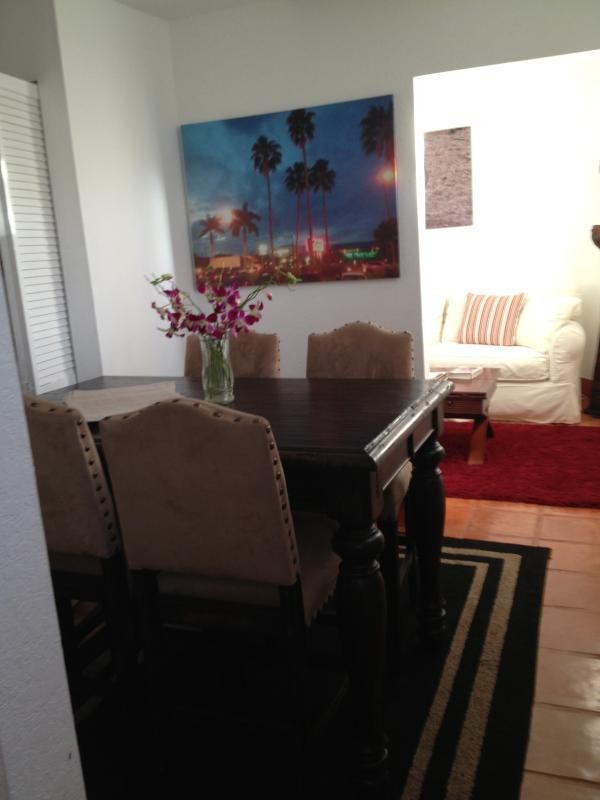Dining Room..seats up to 6