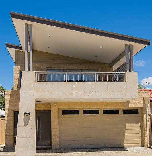 The front of this freshly constructed property is a stunning skillion elevation with stylish rammed earth as a feature against the played front pillar.