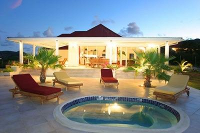 Unbelievable 4 Bedroom Villa on Famous Orient Beach - Image 1 - Orient Bay - rentals