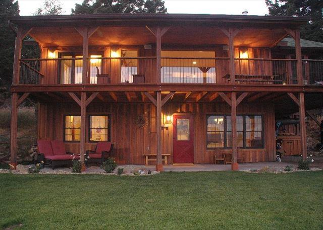 Plenty of deck space and single car port available for guest use