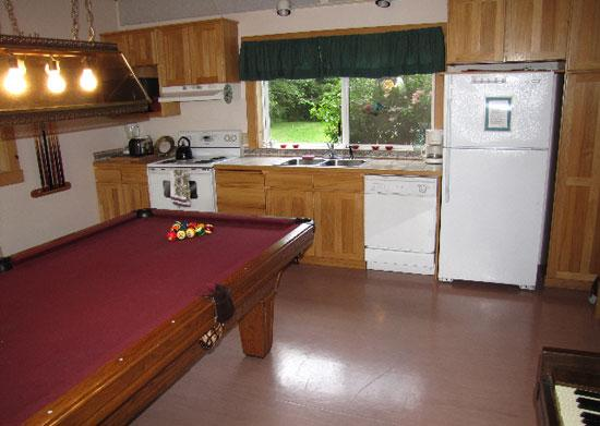 Kitchen and Pool table