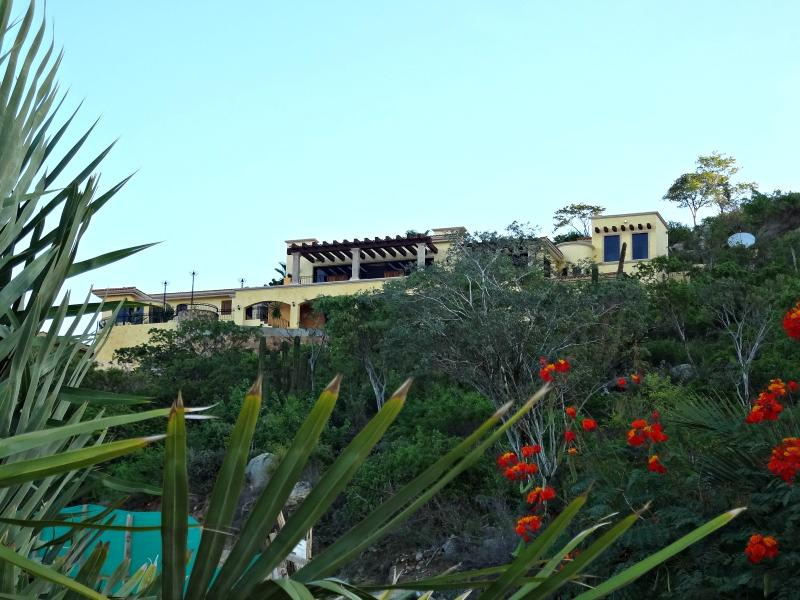 Cabo San Lucas High End Home Overlooking the Sea of Cortez and the Pacific Ocean