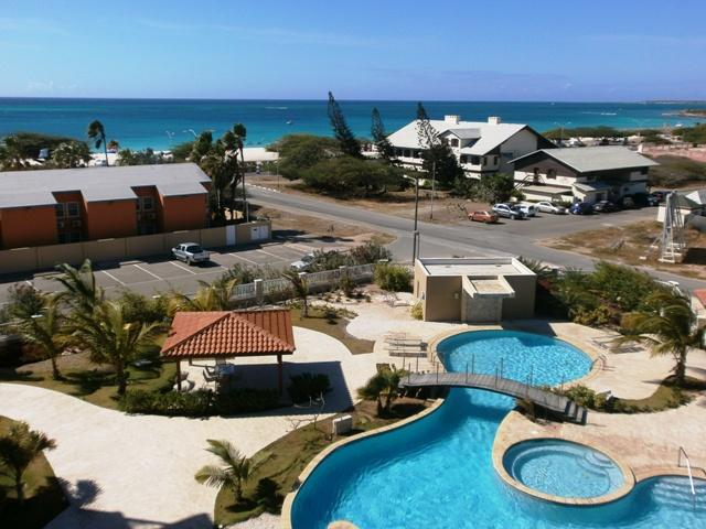 Panoramic ocean view from Eagle Beach to Palm beach and beyond!