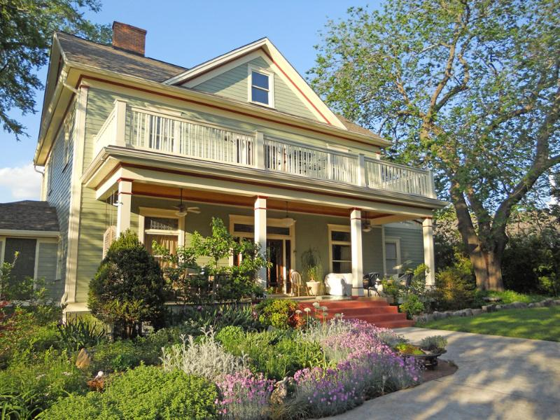 Mileybright Farmhouse bed and breakfast