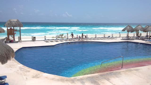 Central swimming pool - Hotel Zone 4 bedrm. beautiful condo in the beach - Cancun - rentals