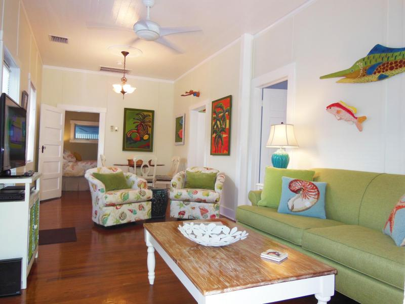Angelfish Cottage is beautifully furnished with new colorful and comfortable furniture