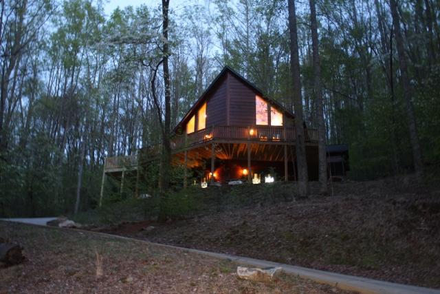 Beautiful prow front cabin on mountain side.