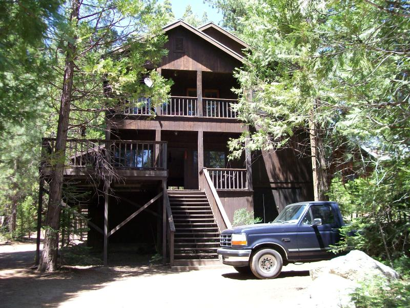 Inside Pics available 'Google' Bass Lake California Central Camp  gol down to 3000 sq. ft. Lodge
