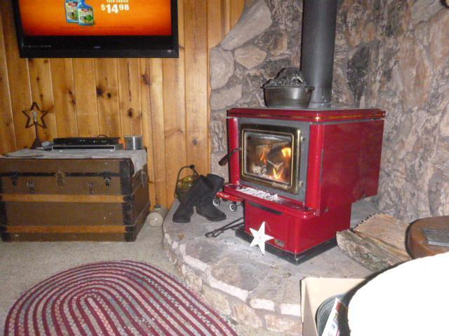 Glowing wood stove
