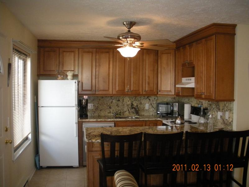 Eat In and Updated Kitchen