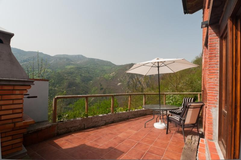 terrace with fantastic mountain views and BBQ