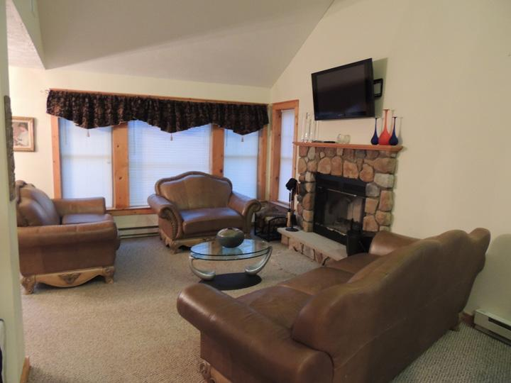 Living Room with WiFi