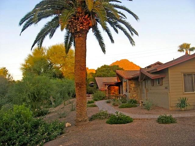 Front entrance with view of Camelback mountain