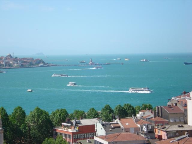 VIEW FROM YOUR APARMENT - SEA VIEW & FULLY FURNISHED APARTMENTS near the YILDIZ PARK - Istanbul - rentals