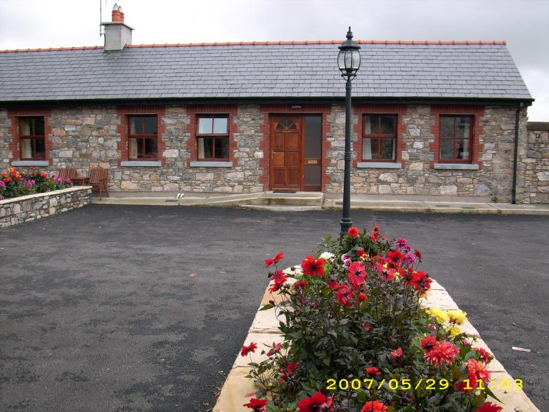 Exterior picture of a one bedroomed cottage