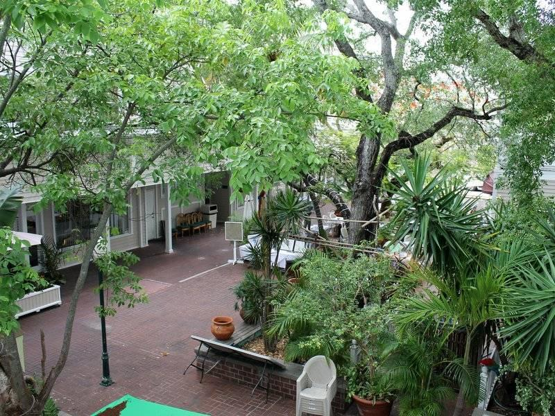 Duval Courtyard - Image 1 - Key West - rentals