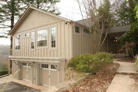 Totally Remodeled Home on a Quiet Highlands Falls Country Club Street