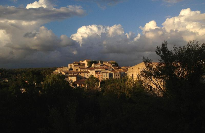 Carcè offers a dramatic welcome, coming south from Brignoles on a fall afternoon.