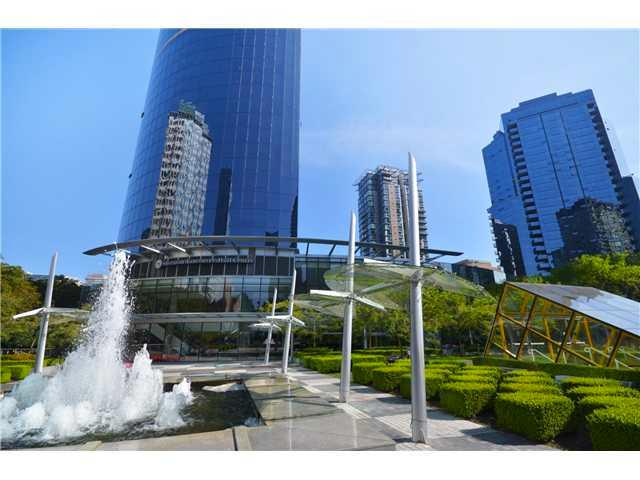 Outside View of the Sheraton Complex - Five Star Apartment at Vancouver Sheraton Complex - Vancouver - rentals