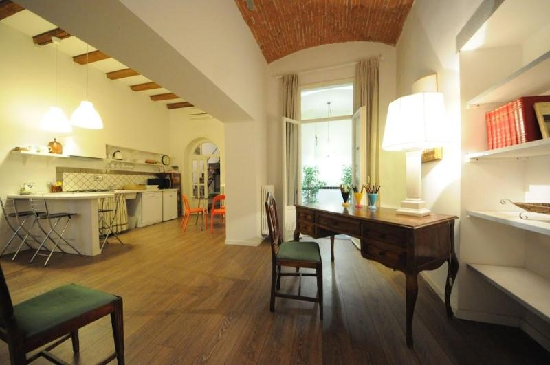 Modern apartment in the historical centre - Image 1 - Gagliano - rentals