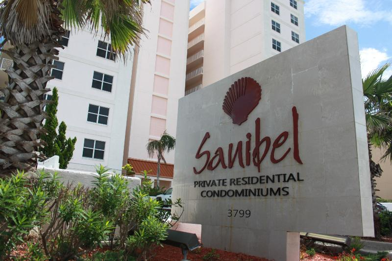 Building front view. - *Sanibel Penthouse* ~ 3 Bedroom Unit 1101 - Daytona Beach Shores - rentals