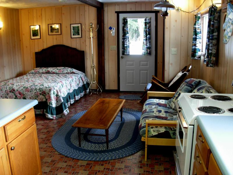 cabin interior - Wilderness Edge Cabin - Ashford - rentals