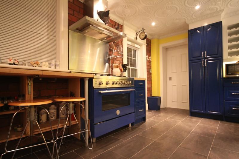 Kitchen designed and stocked by Cordon Bleu chef.
